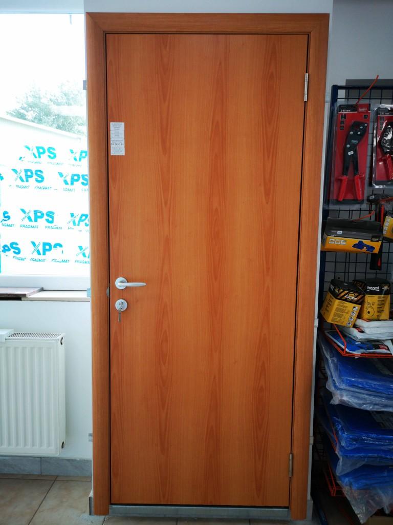 dekórfóliás komplett ajtó